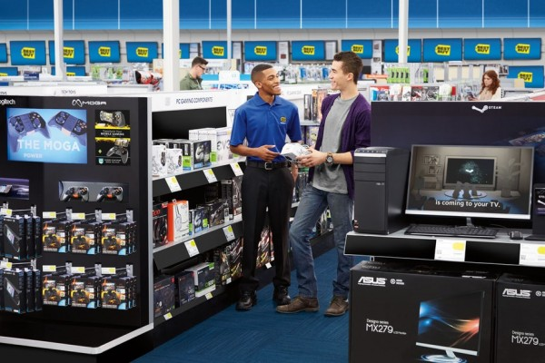 Photograph of the interior of Best Buy.